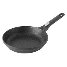 berghoff frying pan with handles by la termoplastic